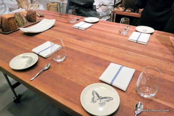 Table setting for the tasting in the baking lab