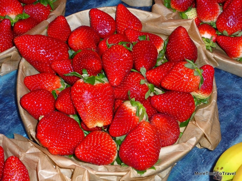 Strawberries at Saint Antoine market in Lyon