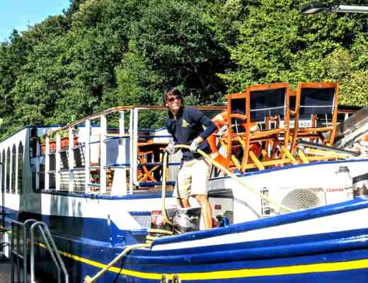 Deckhand on European Waterways' Panache (Credit: Jerome Levine)
