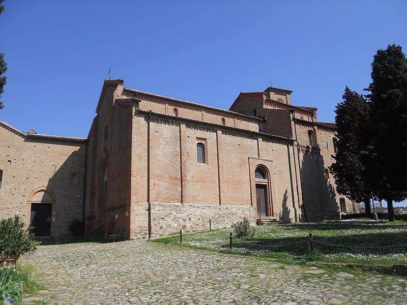 Monteveglio Abbazia (Credit: RobyBS89, Wikipedia, public domain)