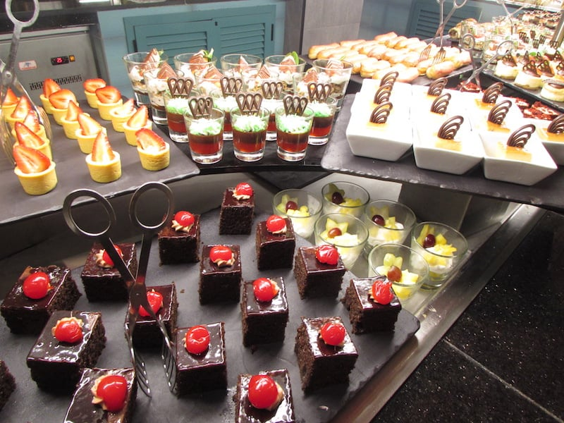 Desserts aplenty at Hotel Riu Palace Tropical Bay