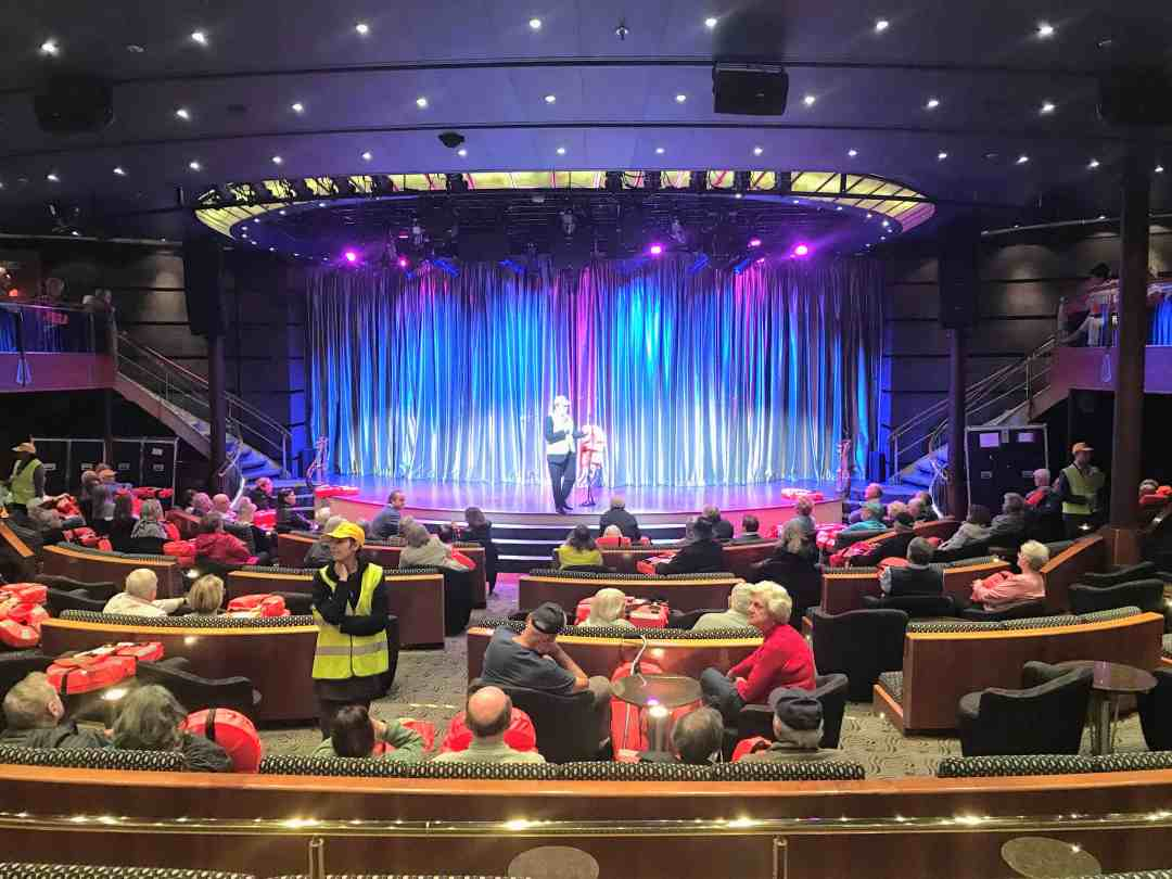 A very long cruise: Theater on Regent Navigator
