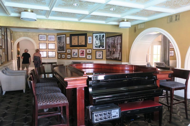 The Royal Bahamian Piano Bar ringed with photos of the Duke and Duchess of Windsor