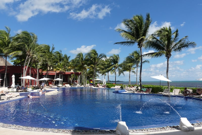 The inviting main pool at Zoetry Paraiso de la Bonita