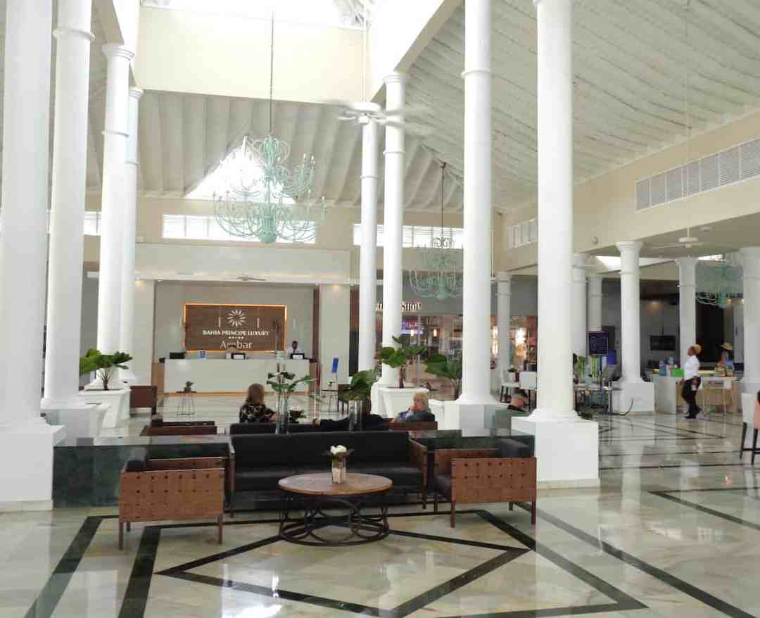 Bahia Principe Luxury Ambar: The soaring main lobby