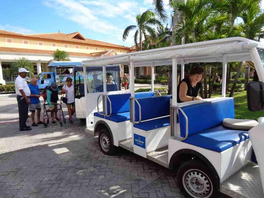 Bahia Principe Luxury Ambar: Resort Shuttle
