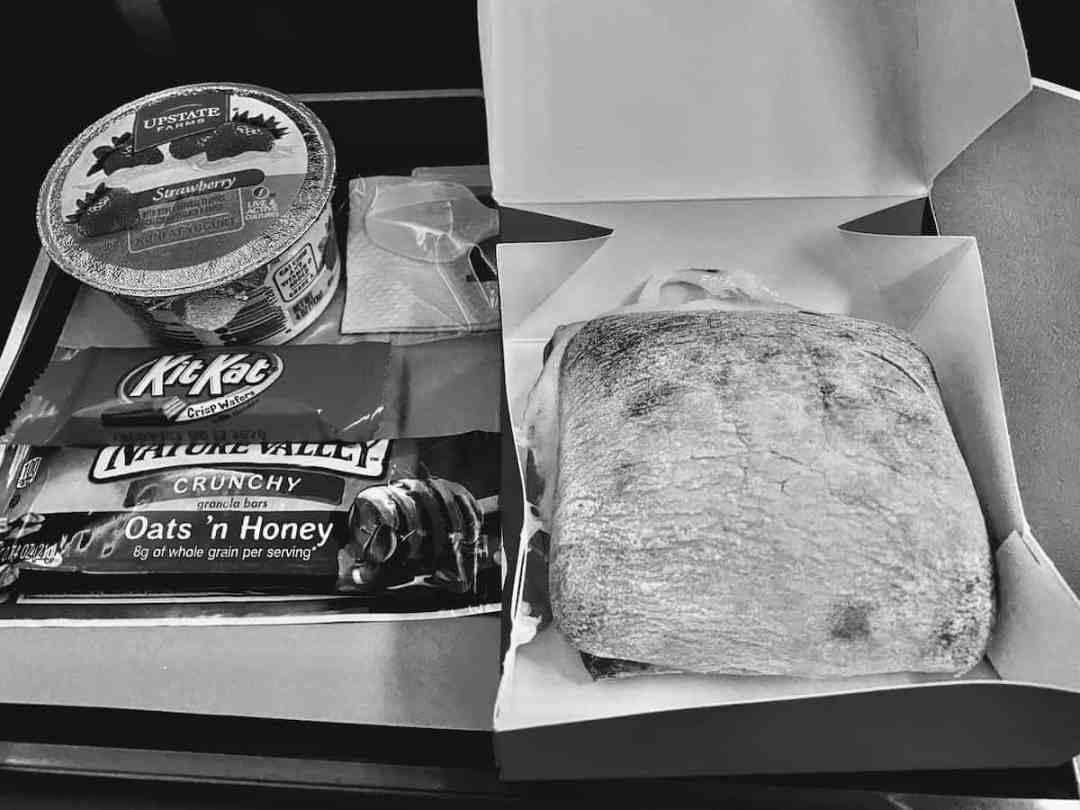 Iberia Premium Economy breakfast box