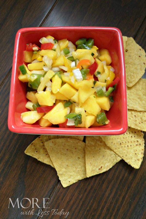 Pineapple Mango Salsa chip dip