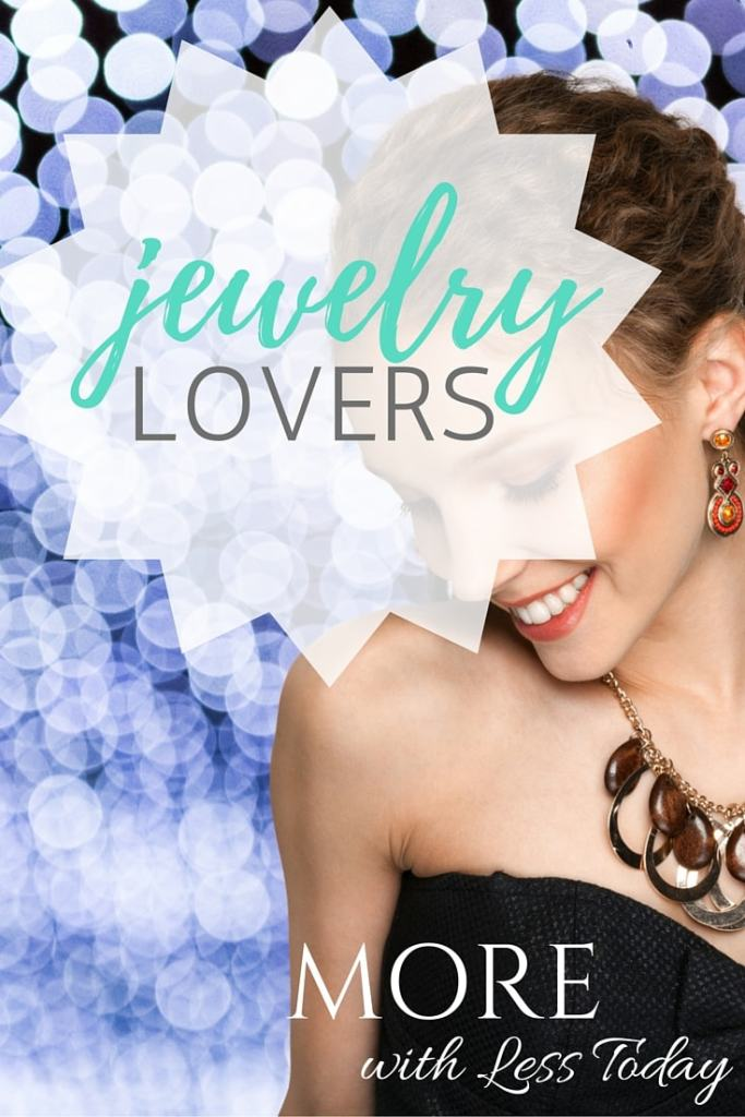 Do you love affordable, fashion forward jewelry? Cate & Chloe has a jewelry lovers perfect gift; an affordable subscription box customized to your taste.