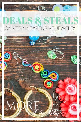 Jewelry Under $5 Including the Shipping, we found inexpensive deals and steals on jewelry that will make great inexpensive gifts to have on hand for those last minute occasions.