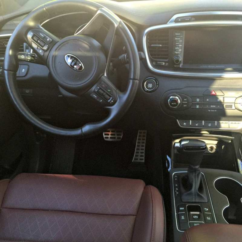 2016 Kia Sorrento SXL AWD Interior