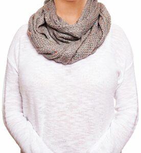chatties-fleck-knit-infinity-loop-scarf