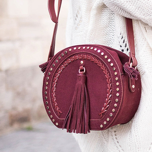 sac rond cloutes bordeaux pretty wire