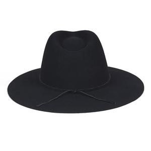chapeau lack of color