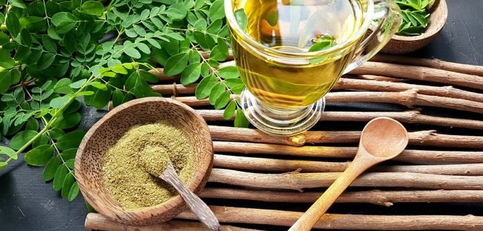 How to Make Moringa Tea on Your Own