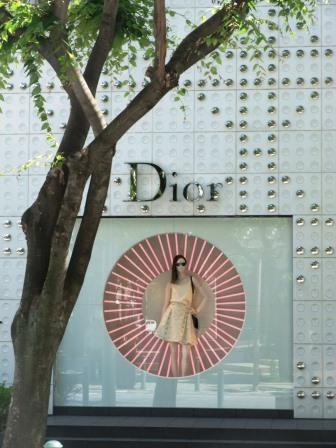 dior神戸店