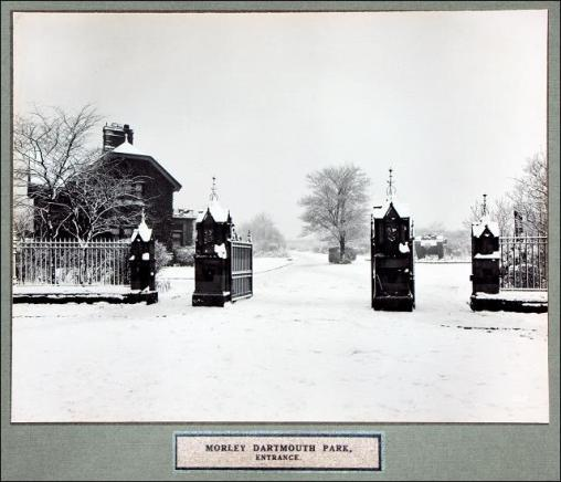 The bottom gates of Dartmouth Park