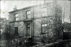 Number 44, Queen Street