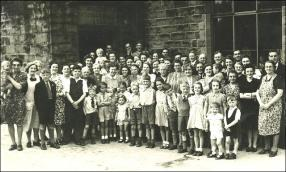 Bank Street Chapel, street party with children