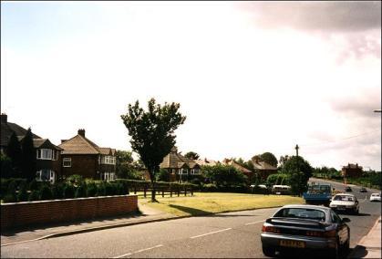 Bradford Road looking towards Bradford
