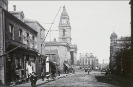 Looking north on Queen Street towards the Town Hall