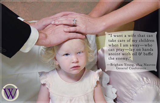 Brigham Young Imposição Mãos Femininas