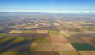 Efforts to restrict foreign ownership of US farmland grow ...