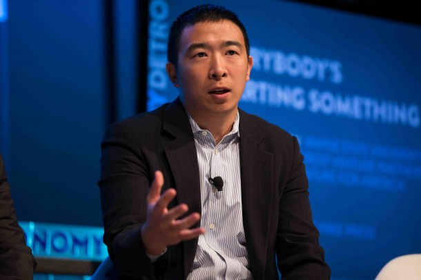 Andrew Yang, the American multimillionaire with a mission: to get the United States ready to live with robots