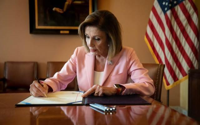 Nancy Pelosi, chi è la speaker  di ferro  della Camera americana