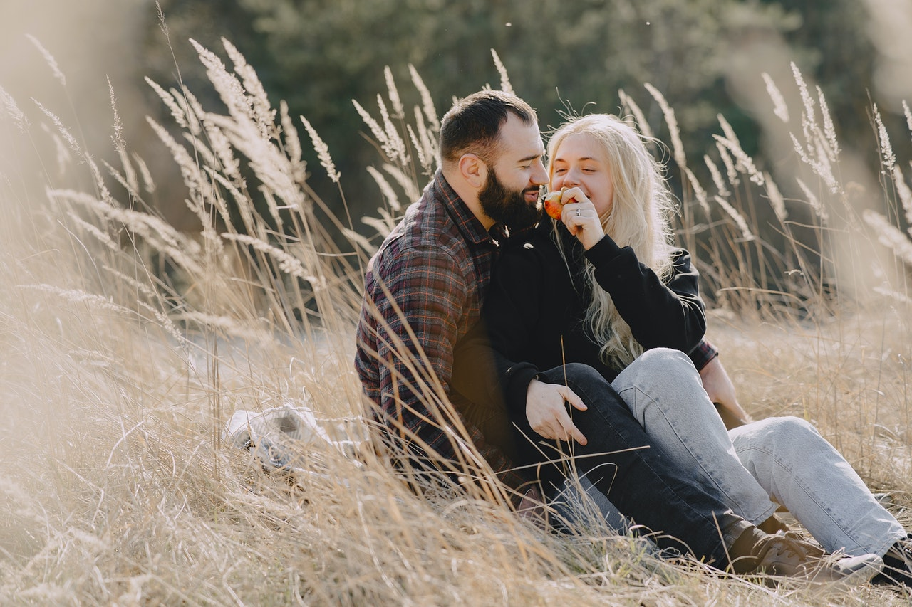 Are You Dating a Married Man? The Truth You Need To Know