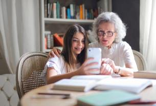 5 Ways To Strengthen Grandparent-Grandchild Bond