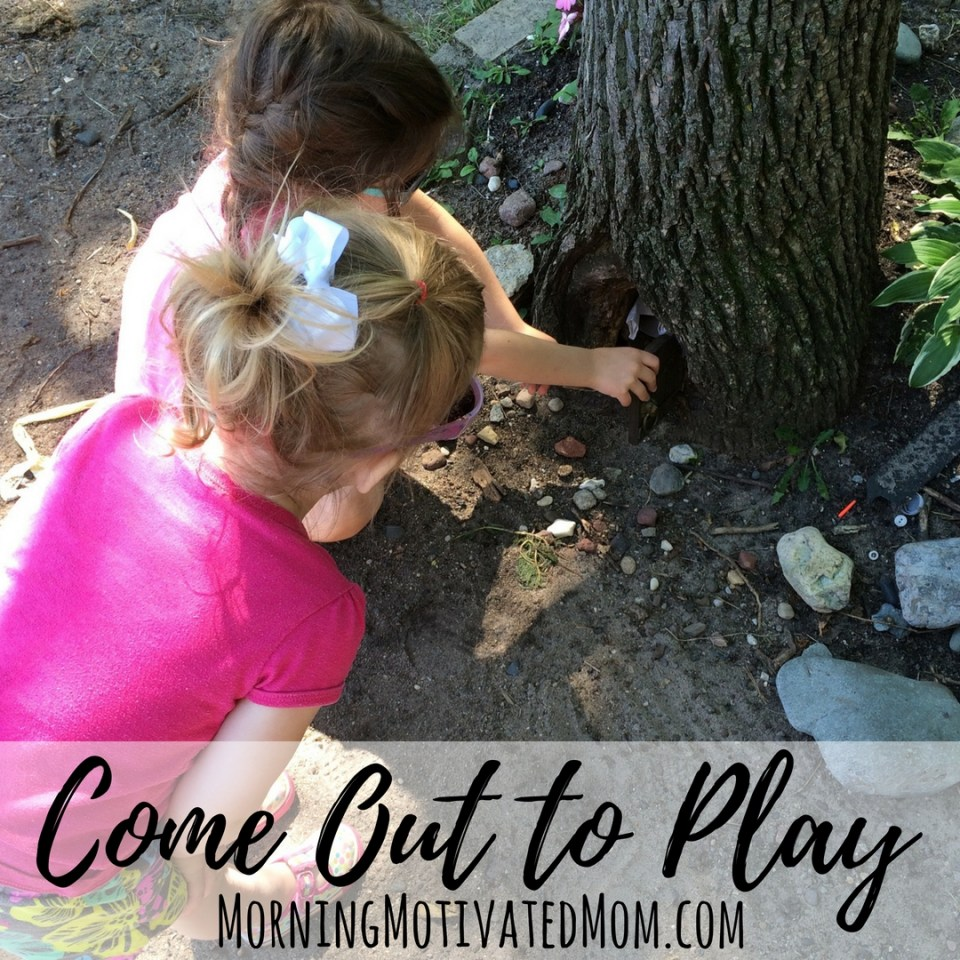 Get Outdoors with Your Kids & Teach Healthy Habits. Come Out to Play!