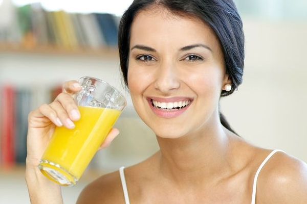 Drinking juices - 11 Surprising Reasons For Your Unexplained Weight Gain