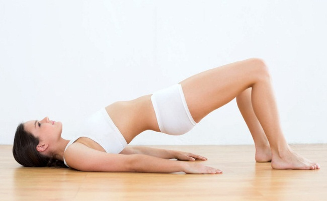 Hip Bridge - 6 Best Exercises To Decrease Butt And Thigh Size