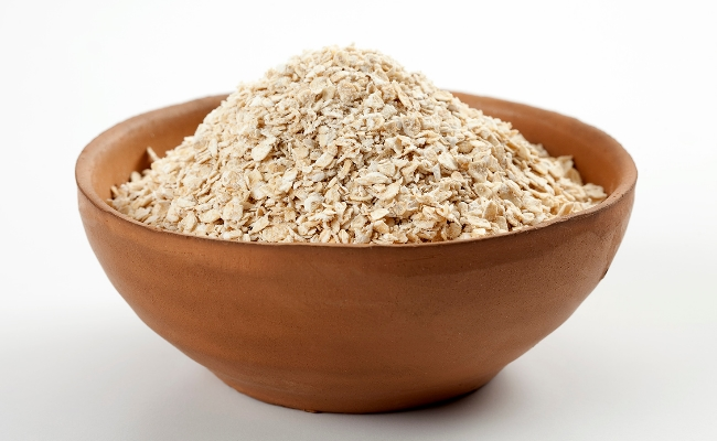 Oatmeal - Top 15 Amazing Natural Remedies Present In Your Kitchen