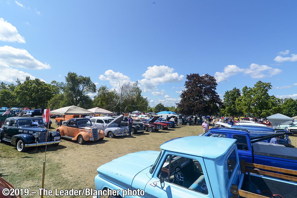 aug28-carshow13