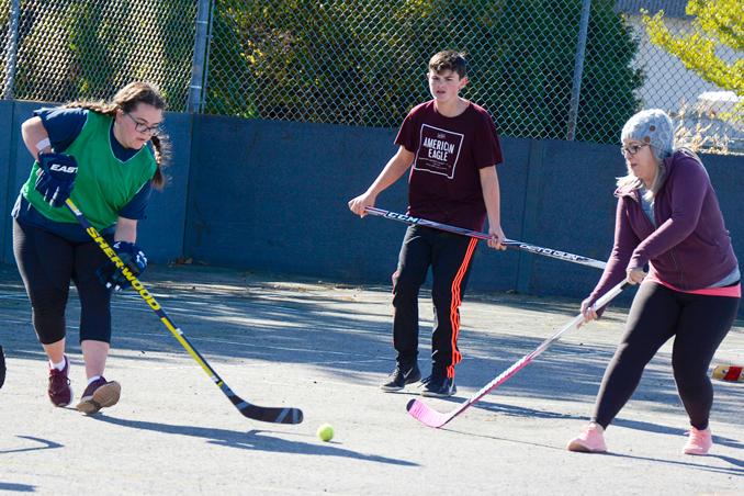 oct23-ballhockey3
