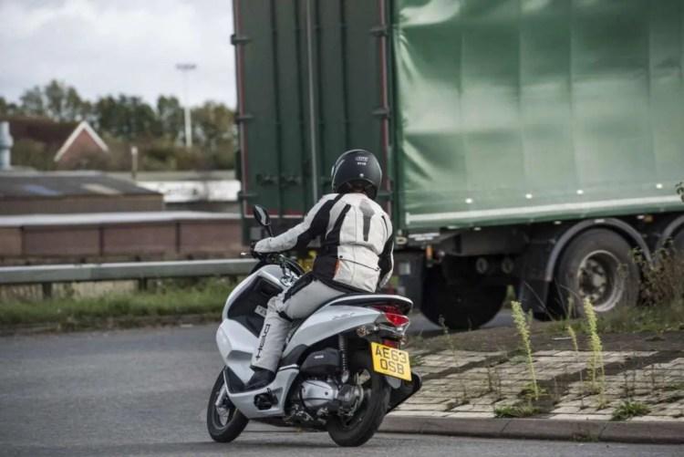 Carli-and-lorry