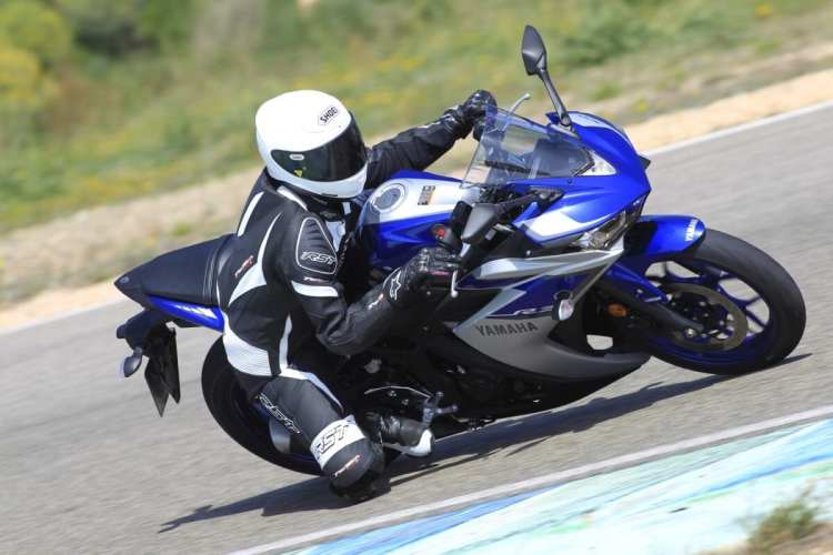 038_Yamaha_R3 Launch_8407