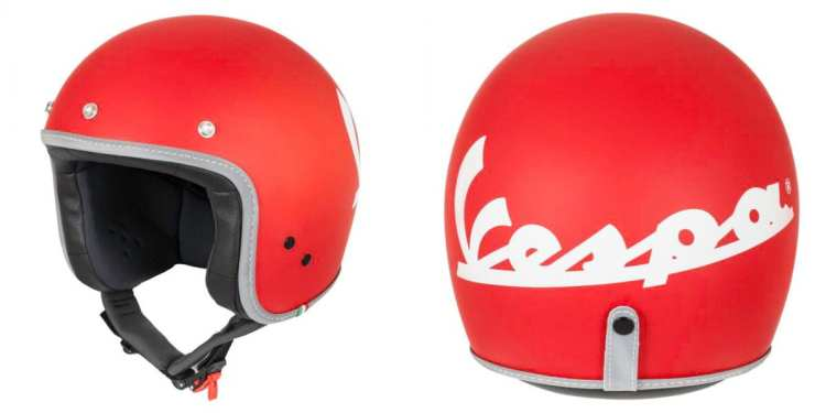 red vespa helmet