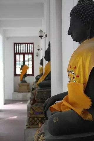 46_69_168_Bangkok_WatRajanadda