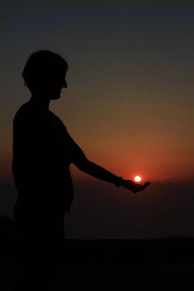 Babsi hält die Sonnen bei Asos