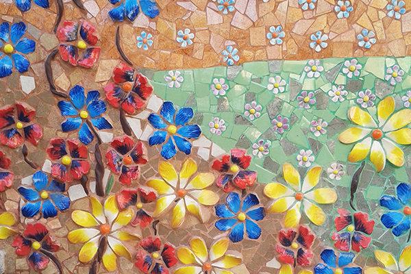 40th anniversary mural, 7'50m x 18m, ceramics detail, La Miranda School, Barcelona, 2007.