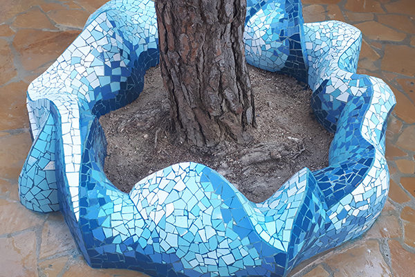 Tree surround in blue, 2'5 diameter, La Miranda School, Barcelona.