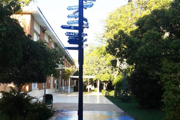 Mapamundi, 12m x 3'5m, Colegio Alameda de Osuna, Madrid, 2013.