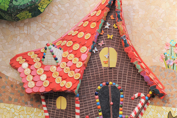 Magic Forest mural, 12m x 5m, Hansel and Gretel chocolate's house detail, Colegio Alameda de Osuna, Madrid, 2013.