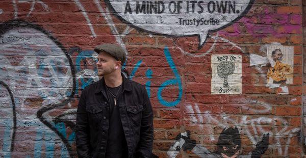 Solo Artist of the Day: Ellis Johnson