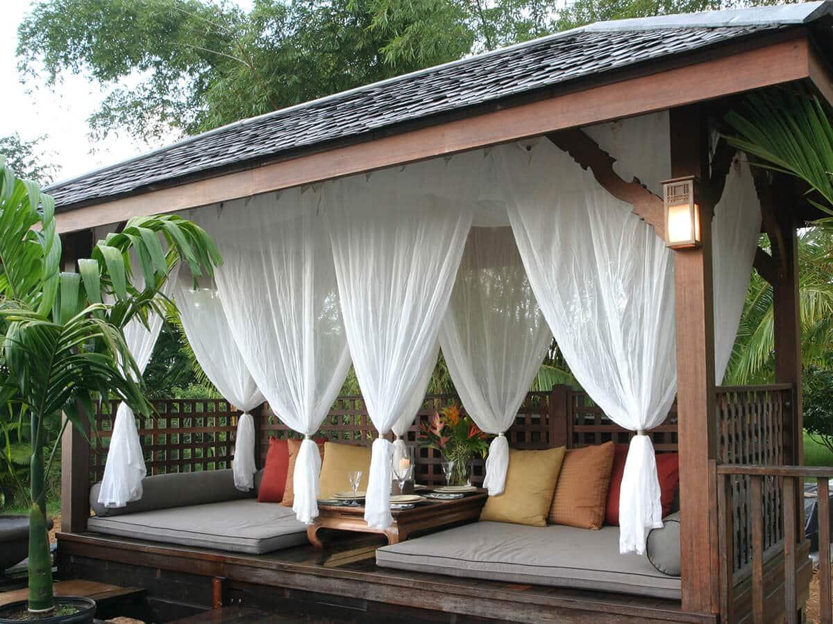 mosquito curtains