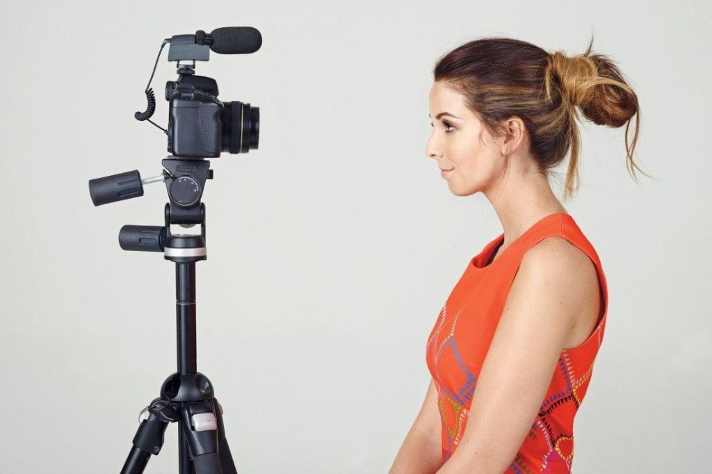 Celebrity vlogger