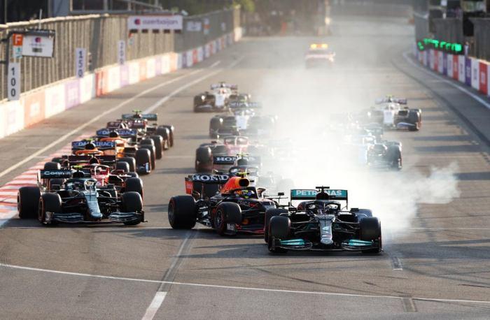 2021 Azerbaijan GP Report | Pérez Wins Amid Baku Mayhem • Mostly F1, F1 Daily